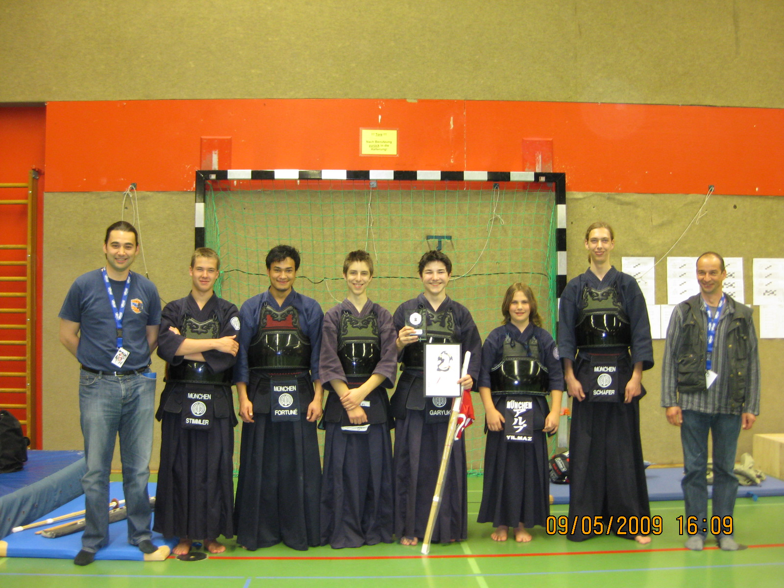 gruppenfoto-djc-2009